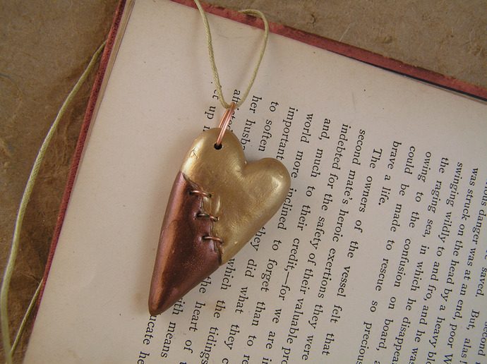 Steampunk broken heart pendant in copper and gold