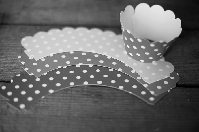 12 Polka Dot Cupcake Wrappers - PICK YOUR COLOR - Paper Cupcake Wrappers - Great