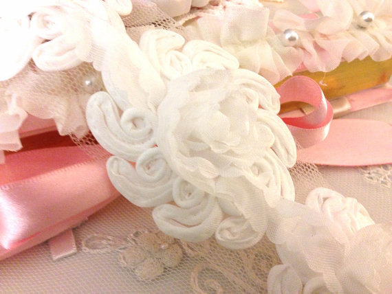 WHITE Chiffon Rosette Flower Lace Trim Shabby Chic- 15 Flower Medallions