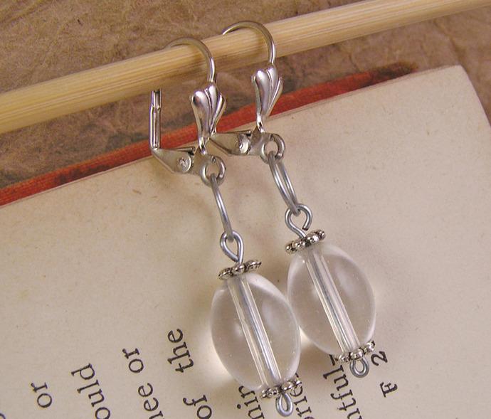 Clear glass dangle earrings. Victorian style Handmade jewelry