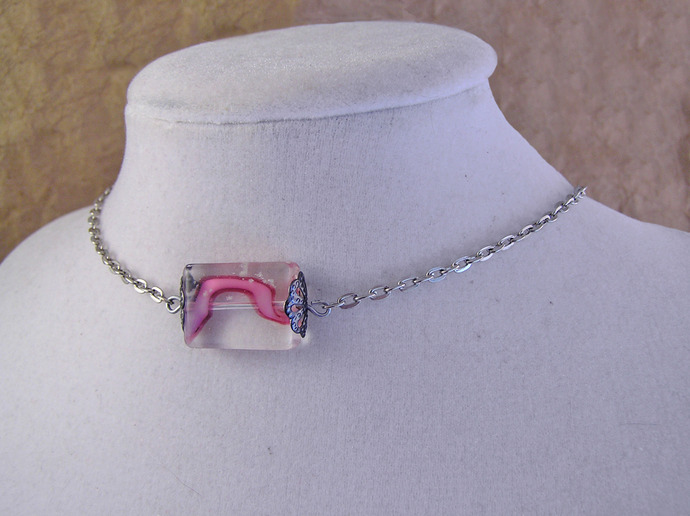 Pink glass bead choker necklace