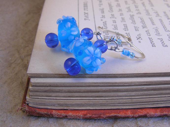 Lampwork glass flower earrings. Victorian style handmade jewelry