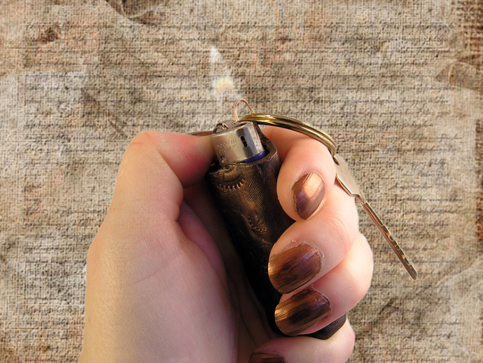 Mini-lighter Steampunk keychain or necklace for mini-bic disposable lighters