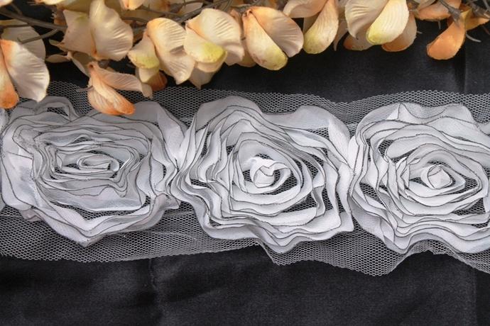 White Chiffon Rose Trim with Dark Glitter Edging (GA231)