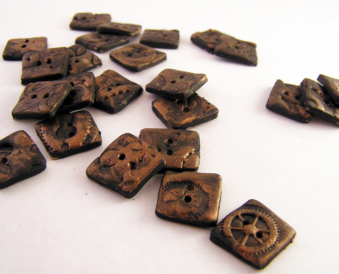 Square steampunk buttons, set of 10. 12mm square. 2 holes.