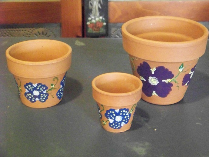 Hand-painted Clay Pots