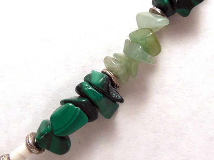 Handmade Emerald-Green Stone Necklace with Heart Pendant - Malachite,