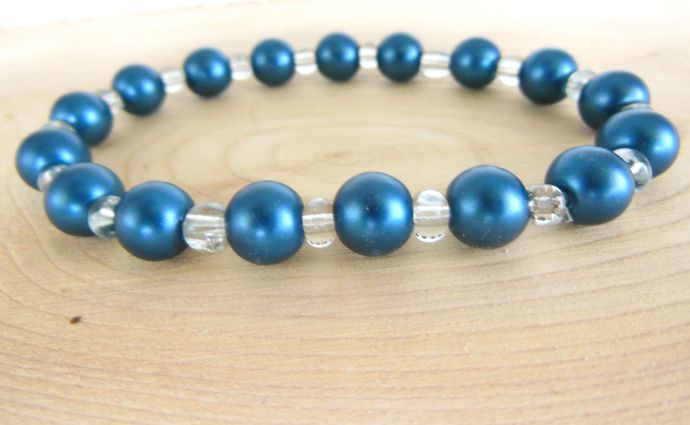 Handmade Blue and White Glass Bead Bracelet