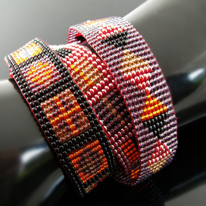 Bead loomed slim snap and wrap bracelet set with geometric patterns