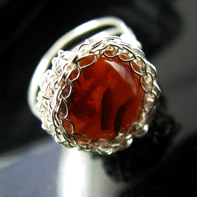 Fine silver wire crochet and faux amber ring - Dark honey