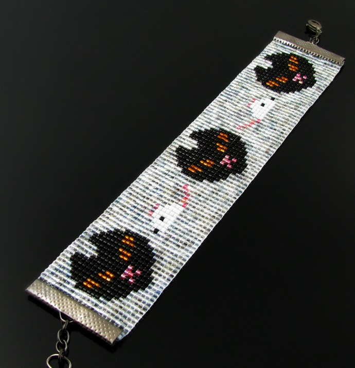 Bead loomed kitty cat and mouse bracelet