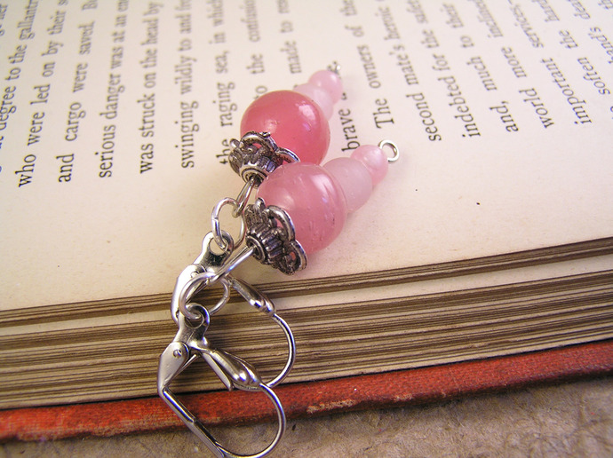 Pink glass dangle earrings with silvertone beadcaps
