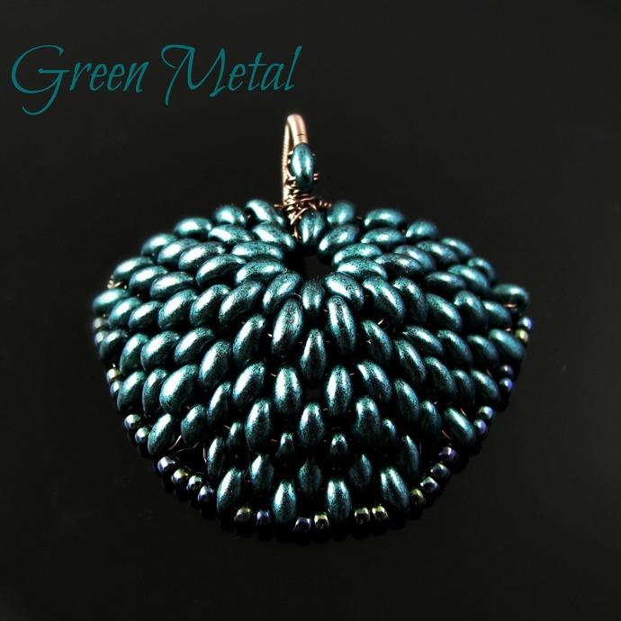 Beaded dragon scale pendant - Green metal scale