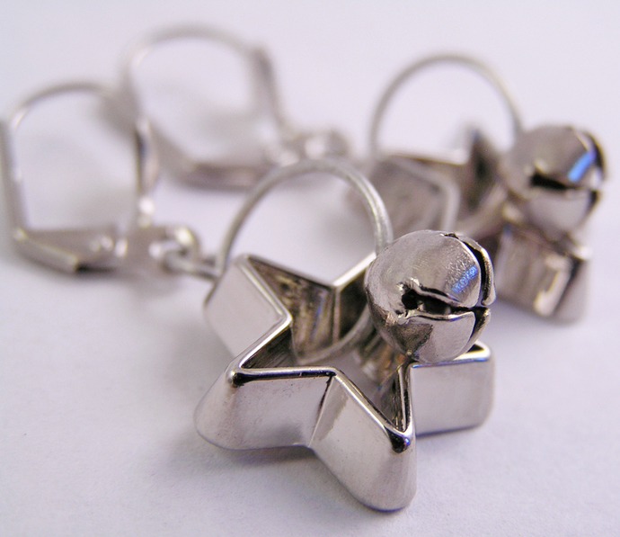 Festive star Dangles Cookie cutter ornament earrings with silver jingle bells