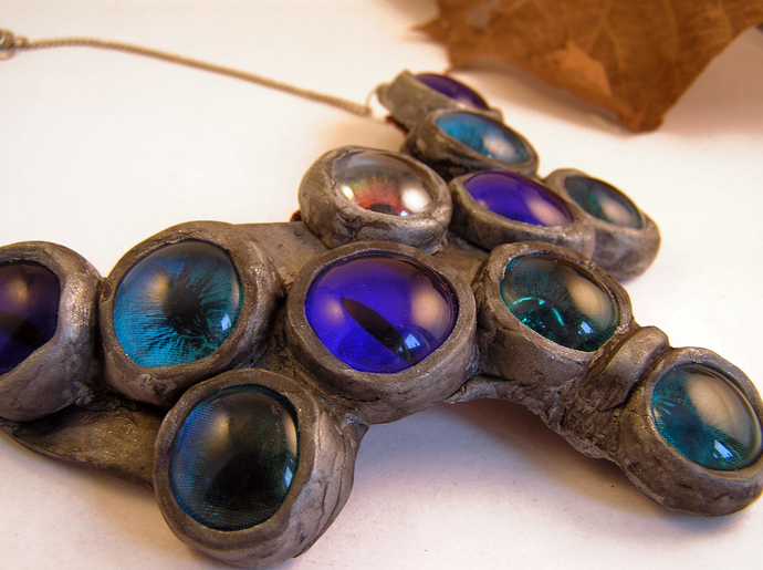 Halloween eyeballs bubble necklace in blue and silver