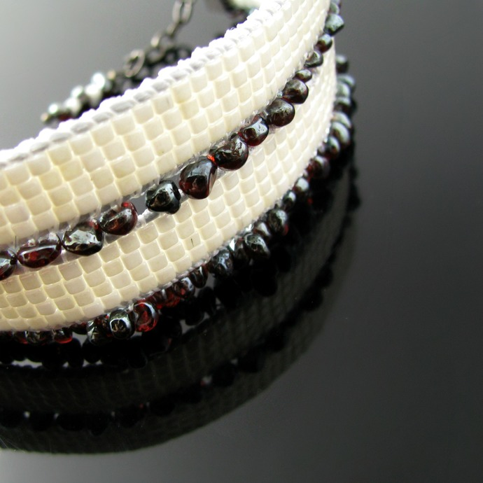 Bead loomed cube cuff with garnet - Berries and cream