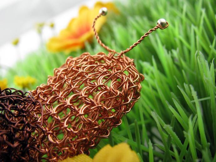Golden and brown wire crochet garden snail - Little Edie