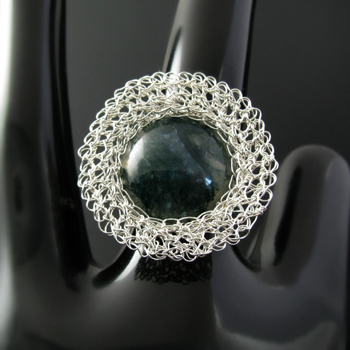 Modern fine and sterling silver wire crochet ring with moss agate