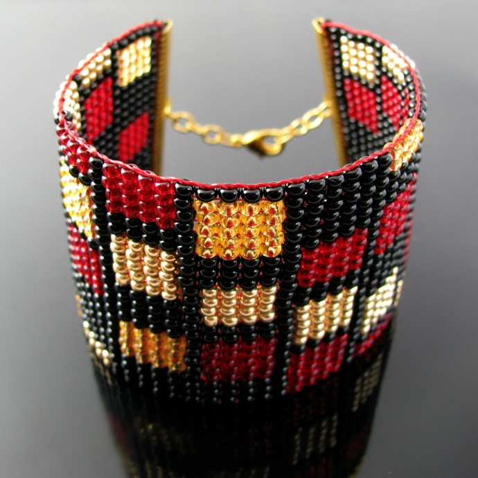 Wide bead loomed cuff with rectangle pattern