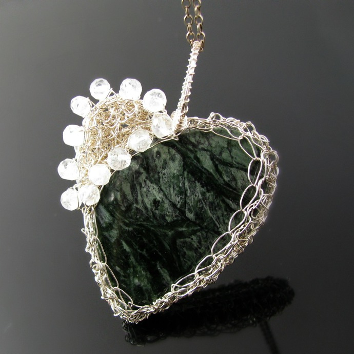 Silver wire crochet pendant with serpentine - Make my heart whole