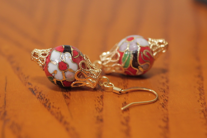 Ornament earrings cloisonne red