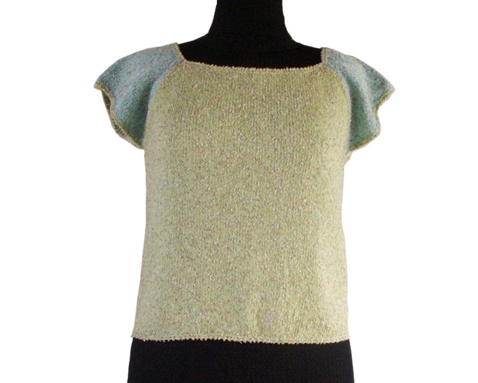 Green and Aqua Raglan Short Sleeve Sweater, Size Medium