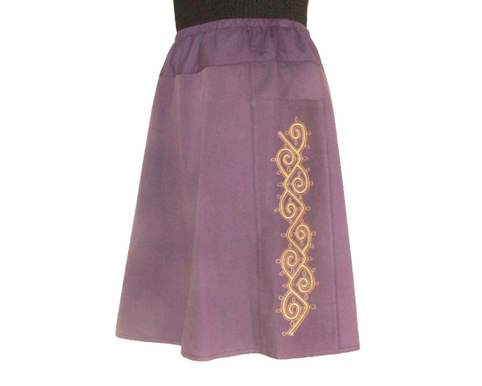 Elastic Waist Skirt with Scroll Embroidery, Size X Large