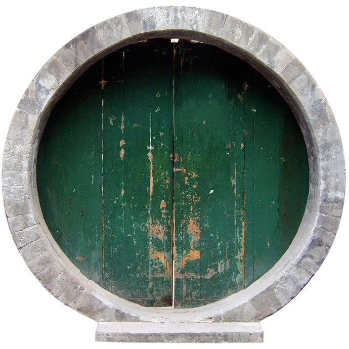 """Round Green Fairy Door Wall Decal - Size: 12.6"""" tall x 12.8"""" wide"""