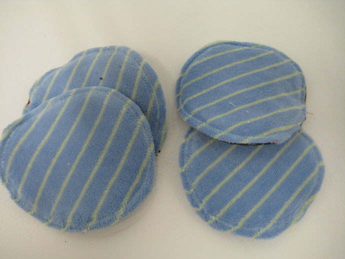 Brown and Blue Reusable Bamboo and Cotton Nursing Pads - 2 Pairs (4 Pads)
