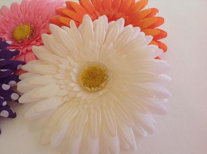 Floral clip,add ons, fabric flower yellow daisy  white