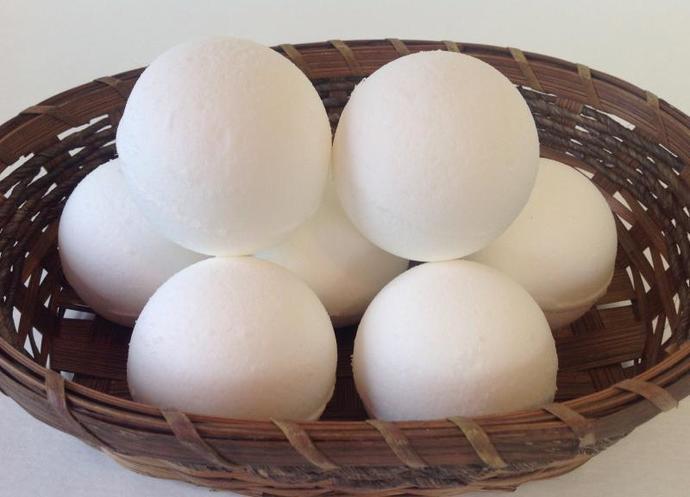 Bath bomb,Coconut,handmade,all natural bath fizzes,5 pieces