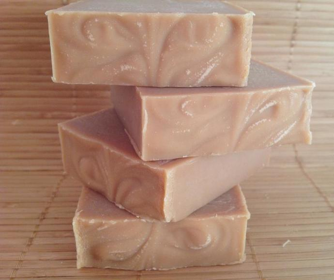 Honey almond goat milk soap,All natural handmade soap,cold process soap