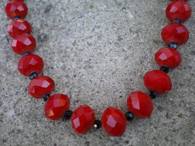 Red Rondelle Necklace Set
