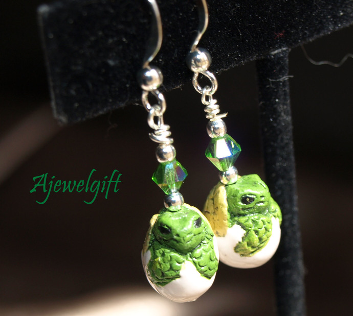 Turtle Hatchling  Earrings 13026