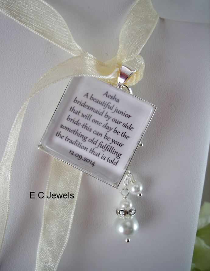 Jr Bridesmaid Keepsake Bouquet Charm with a Pearl drop - Pick your color