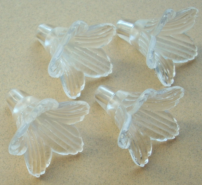 Lucite Flower Beads, Large Trumpet, Crystal Clear, 8