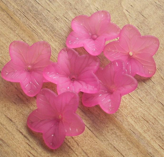Flower Beads, Lucite Acrylic, Matte Deep Pink Amaryllis, 8