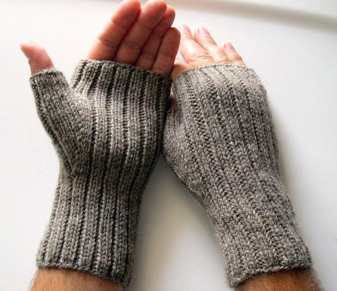 Mens fingerless gloves, brown