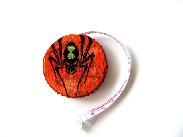 Measuring Tape Spider Retractable Halloween Tape Measure