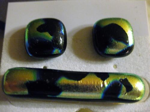 Blue gold dichroic tieclip and cufflinks in fused glass