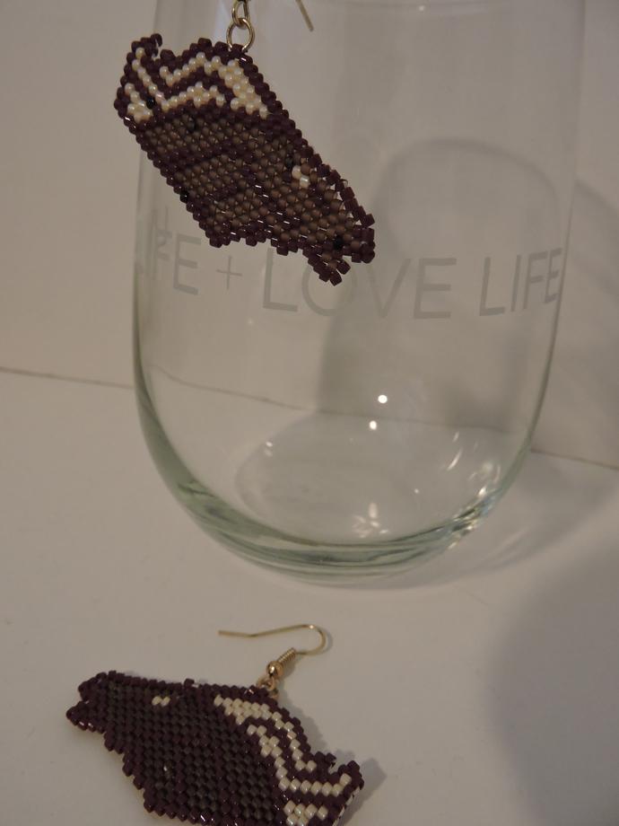 Horsehead beaded earrings - brown and cream