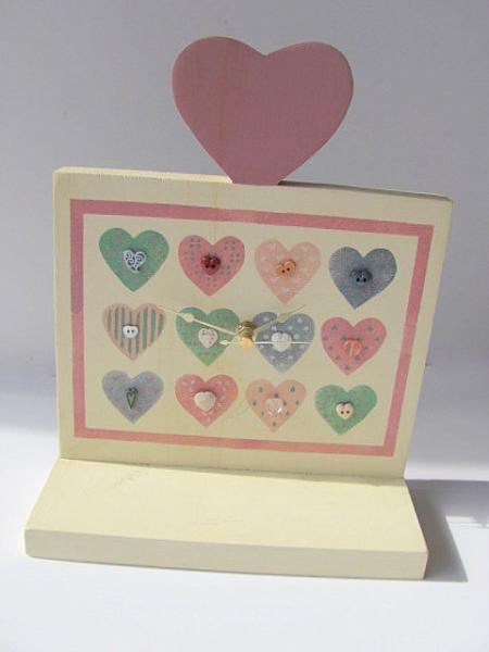 Heart Wall Clock Shelf