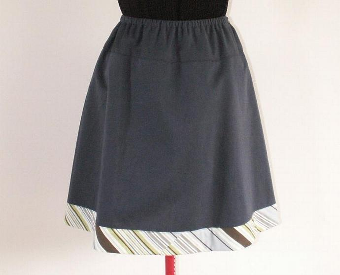 A Line Cotton Skirt Navy with Print Border, Size Small