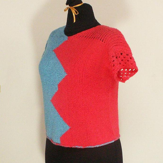 Cotton Short Sleeve Sweater -  Bold Colorblocking Zig Zag Styling - Size Medium
