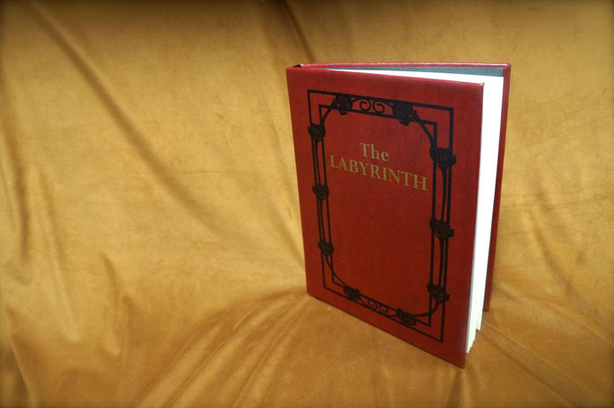 The Labyrinth – Sarah's Book Leatherbound Book Replica Collector's Edition
