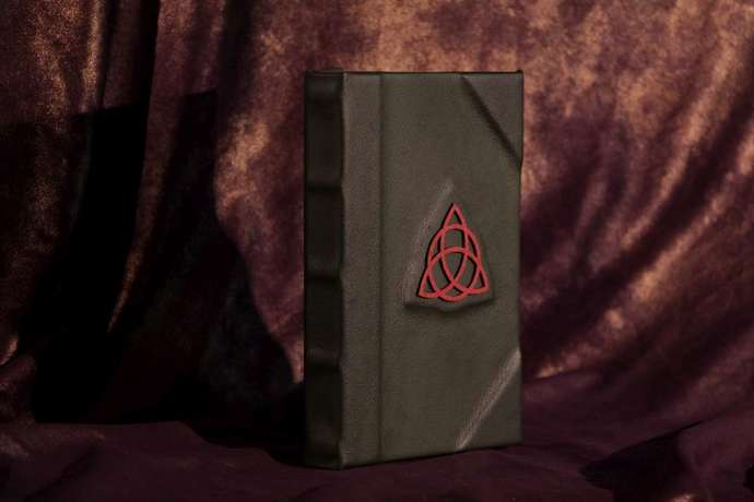 Charmed Book Of Shadows EReader / Kindle / IPad / Tablet Cover / Sketchbook /
