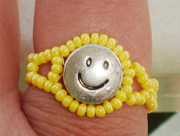 Smiley Face Ring Size 11