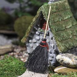 Black Straw Broom Miniature Embellishment stl