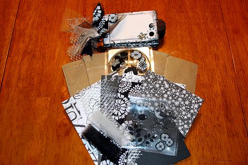 Black & White Mini Album Kit
