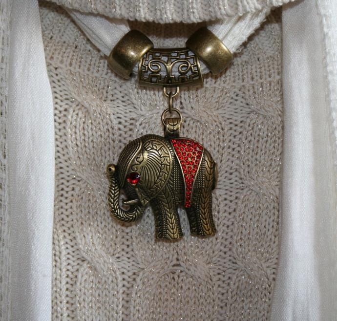 Scarf Jewelry Tibetan Bronze Metal Rhinestone Elephant Scarf Pendant